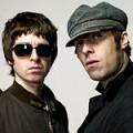 """Liam Gallagher : """"Oasis se reformera quand nous serons fauchés"""""""