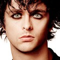 Billie Joe Armstrong de Green Day bientôt en solo ?