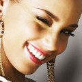 Alicia Keys compose pour Whitney Houston