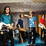Phoenix : Entertainment, nouveau single en écoute