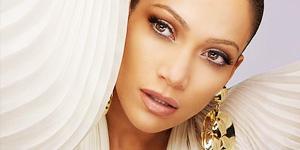 Jennifer Lopez dément changer de pseudo pour Lola