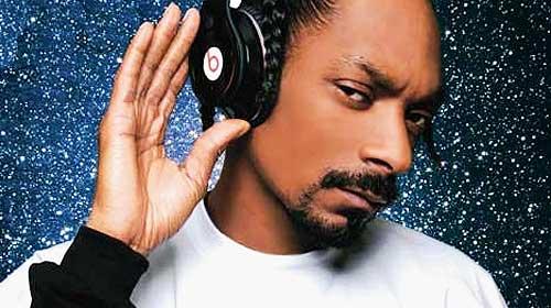 Snoop Dogg joue les super-héros dans le film Malice N Wonderland