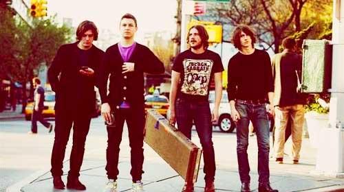 Arctic Monkeys : Suck It And See, l'album sera plus pop