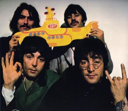 Liam Gallagher prépare un film sur les Beatles