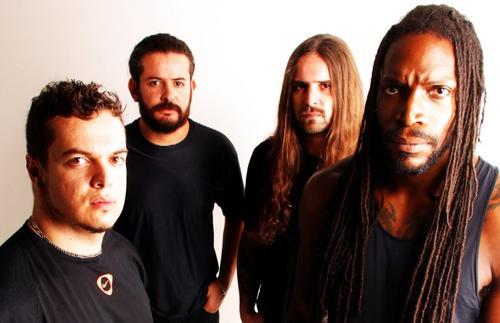 Sepultura signe sur le label metal Nuclear Blast