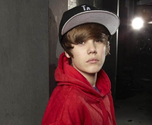 Justin Bieber : nouvel album fin 2011 et film 3D le 11 février