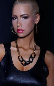 Amber Rose : Fame, premier single feat Wiz Khalifa
