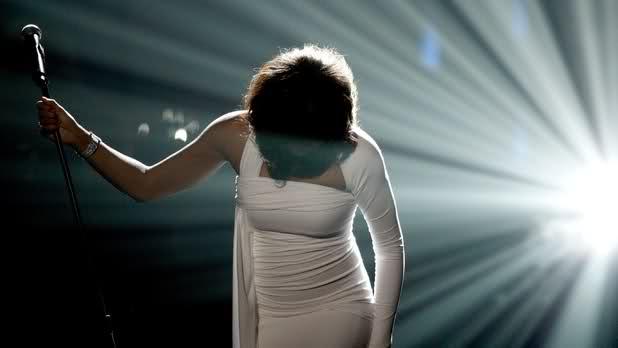 Whitney Houston : Apple et Sony accusés par les fans
