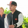 Chris Brown vole le portable d'une de ses fans