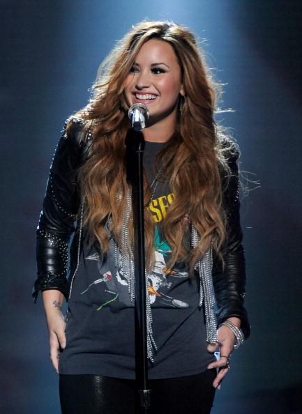 Demi Lovato bat Miley Cyrus pour être juge de X-Factor
