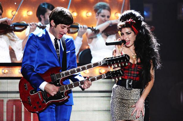 Mark Ronson nie avoir dit qu'Amy Winehouse avait peur d'Adele