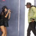 Rihanna rejoint Jay-Z sur scène à Londres (photos)