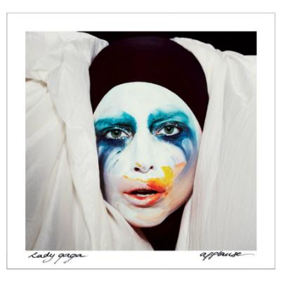Lady Gaga : clip vidéo d'Applause disponible