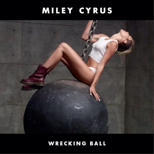 "Miley Cyrus nue dans son clip ""Wrecking Ball"""