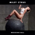 "Miley Cyrus nue dans son clip ""Wrecking Ball"""