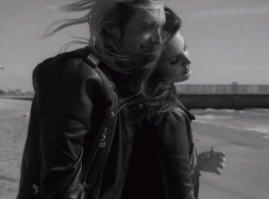 Lana Del Rey dévoile le clip West Coast