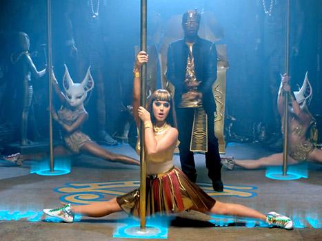 Katy Perry accusée de plagiat et sorcellerie