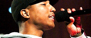 Pharrell Williams : album repoussé et interview