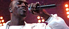 Akon prépare la suite de Trouble : Konvicted