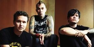 Blink-182 sort le single Reborn en juin